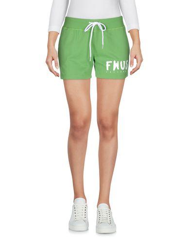 Повседневные шорты от FOLLOW US