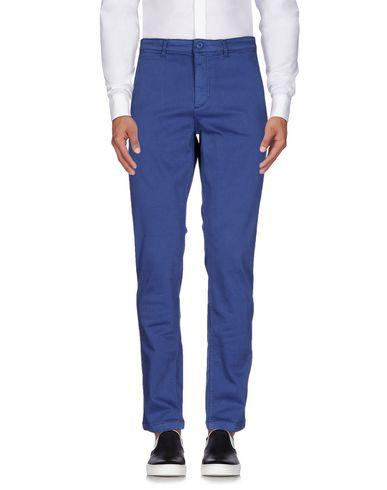 Повседневные брюки LOVE MOSCHINO 36922374DE