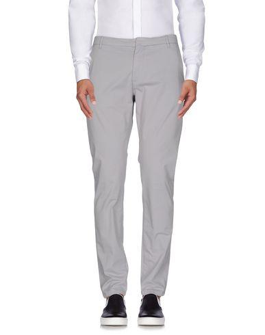 Фото - Повседневные брюки от INDIVIDUAL светло-серого цвета
