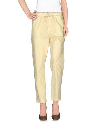GOLD CASE Pantalon femme