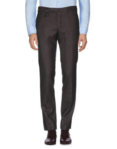 Фото 2 - Повседневные брюки от INCOTEX темно-коричневого цвета
