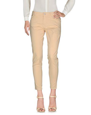 Повседневные брюки NERO GIARDINI 36963039JH