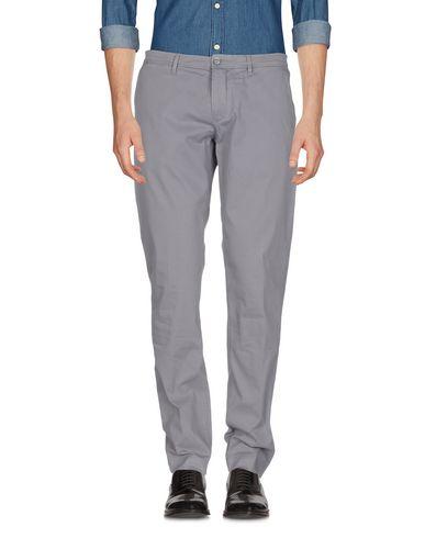Фото - Повседневные брюки от SIVIGLIA WHITE серого цвета