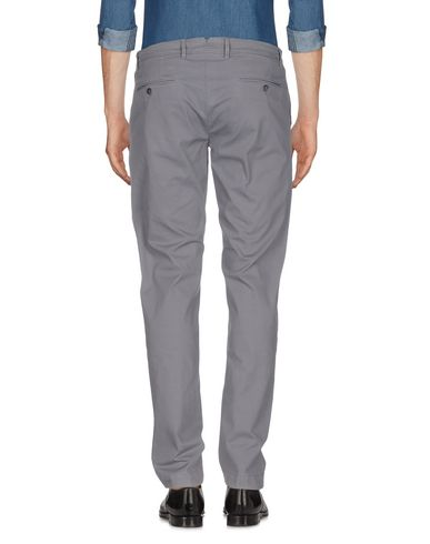 Фото 2 - Повседневные брюки от SIVIGLIA WHITE серого цвета