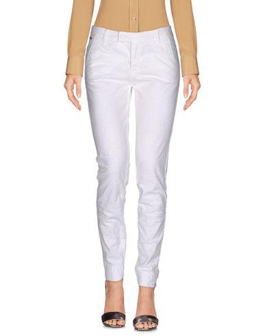 Повседневные брюки NERO GIARDINI 36969091CQ