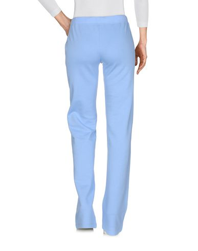 Фото 2 - Повседневные брюки от VDP CLUB сиреневого цвета