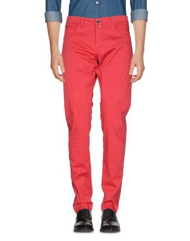 Фото - Повседневные брюки от FRADI красного цвета