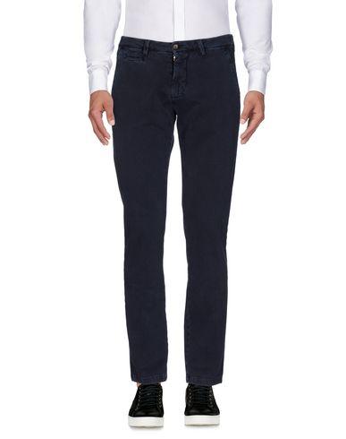 Фото - Повседневные брюки от QUATTRO.DECIMI темно-синего цвета