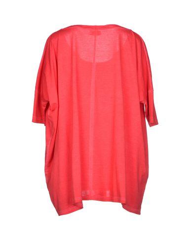 Фото 2 - Женскую футболку ALPHA STUDIO красного цвета