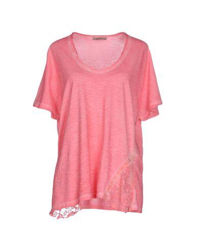 Foto TOY G. T-shirt donna T-shirts