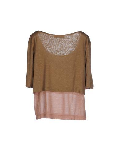 Фото 2 - Женскую футболку  цвета хаки