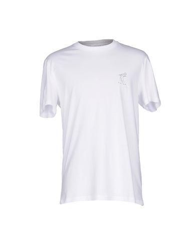 f-u-t-u-r-t-shirt