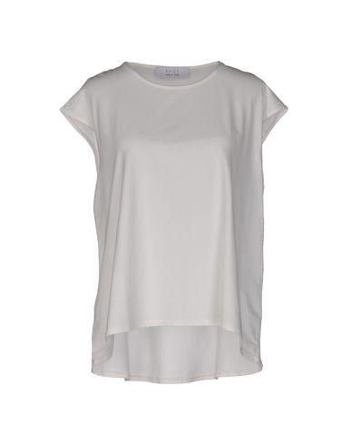 kaos-t-shirt