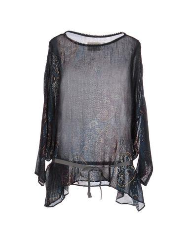 diega-blouse