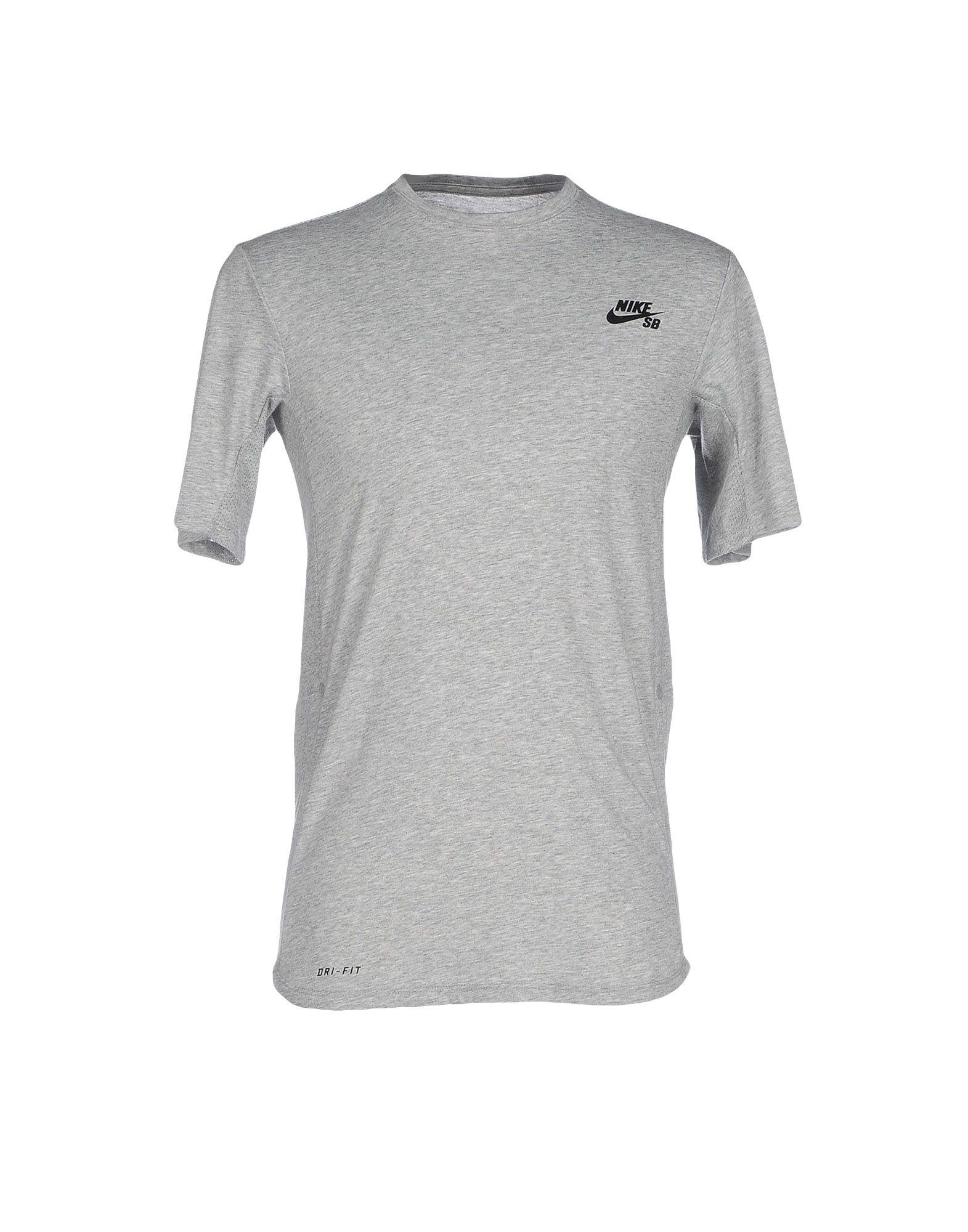 Nike T - shirts