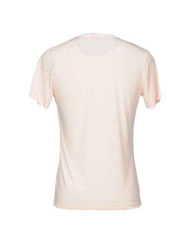 Фото 2 - Женскую футболку SUNDEK светло-розового цвета