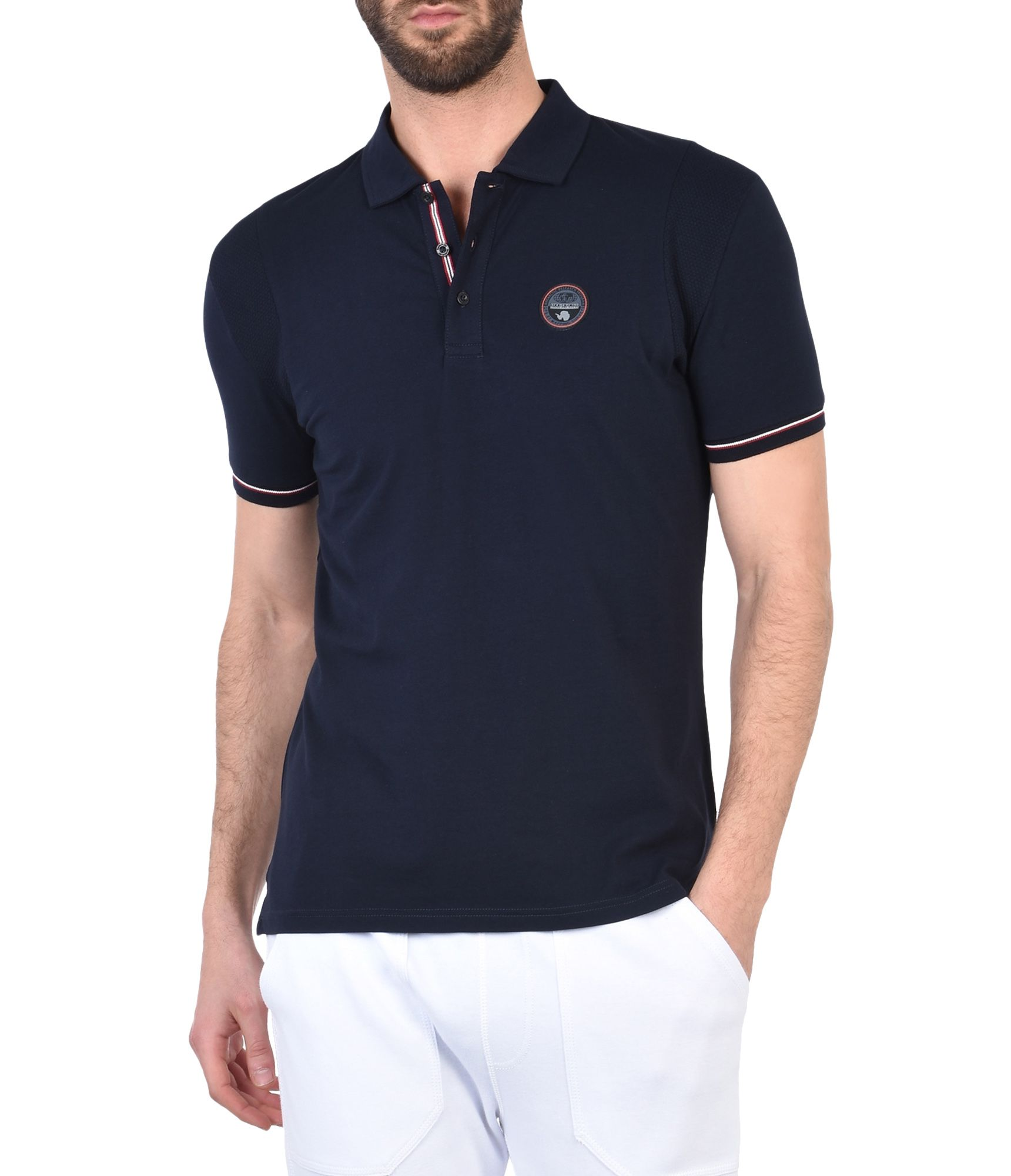 Artikel klicken und genauer betrachten! - Polo-Shirt mit kurzen Ärmeln Stretch-Jersey Einsätze aus Kontrastmaterial Drei Knöpfe Gerippte Abschlüsse Details in Kontrastfarbe Grafikelemente Seitenschlitze | im Online Shop kaufen