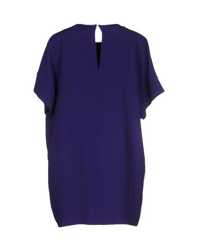 Фото 2 - Женскую блузку  фиолетового цвета