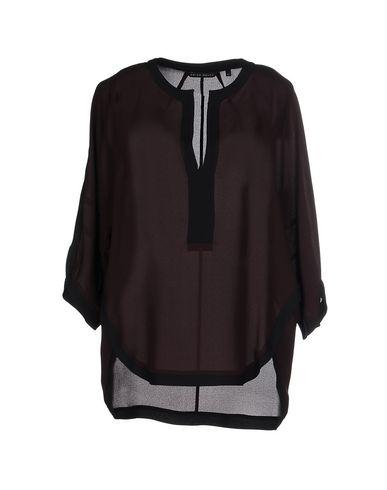 Блузка от BRIAN DALES