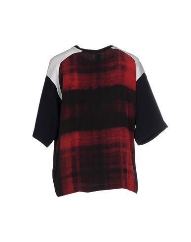 Фото 2 - Женскую блузку NICO красно-коричневого цвета