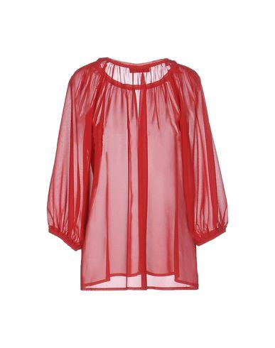 Фото 2 - Женскую блузку LES BLANC красного цвета