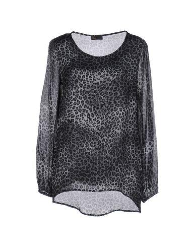 olla-pareg-blouse