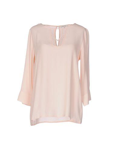 Блузка от GIGUE