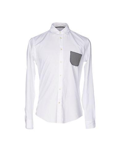 Фото - Pубашка от BRIAN DALES белого цвета