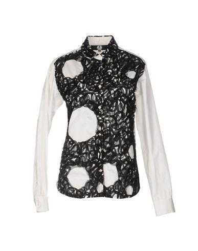 Блузка от ANREALAGE