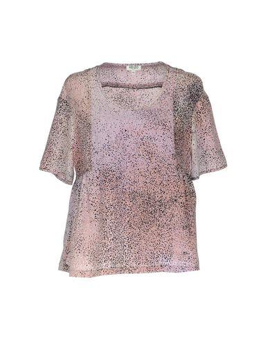 Фото - Женскую блузку  светло-фиолетового цвета