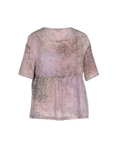 Фото 2 - Женскую блузку  светло-фиолетового цвета