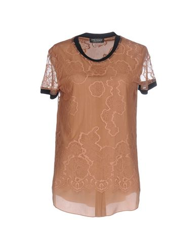 Фото - Женскую блузку TWINSET цвет телесный