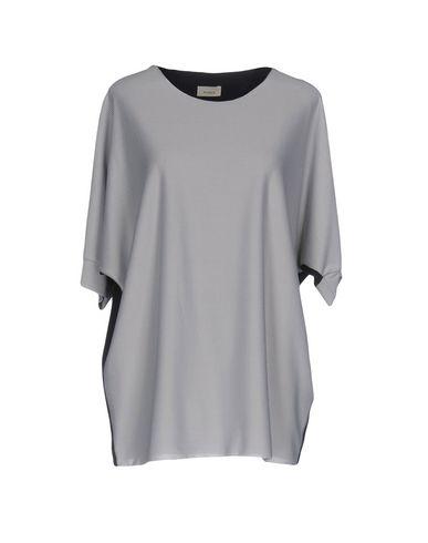 Фото - Женскую блузку  светло-серого цвета