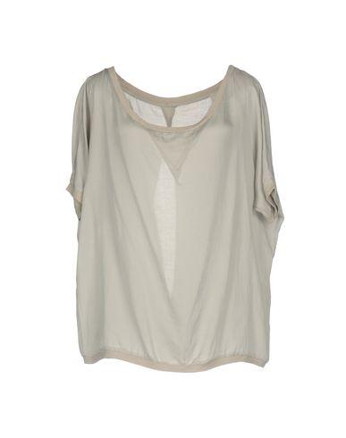 Блузка от JFOUR