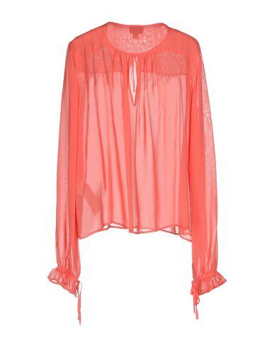 Фото 2 - Женскую блузку  кораллового цвета