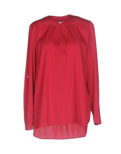 Купить Женскую блузку  цвет пурпурный