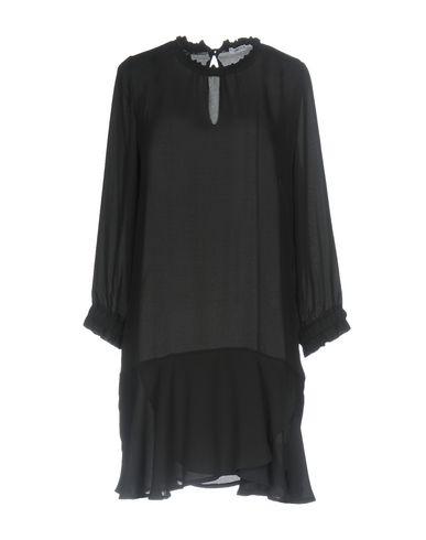 Фото - Женскую блузку INDUIT черного цвета