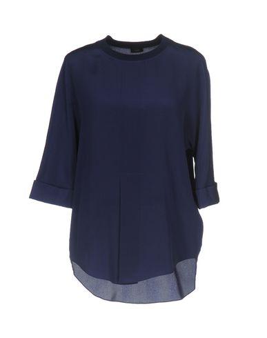 Купить Женскую блузку  фиолетового цвета