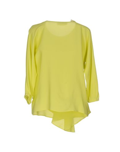 Фото 2 - Женскую блузку VDP CLUB кислотно-зеленого цвета