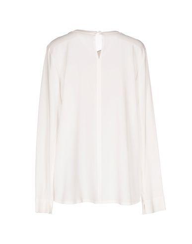 Фото 2 - Женскую блузку GIORGIO GRATI белого цвета