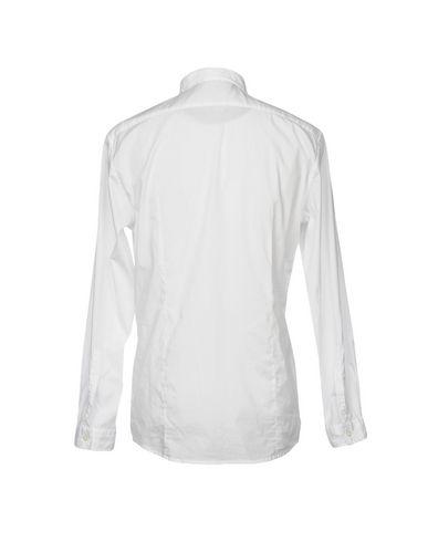 Фото 2 - Pубашка от DANIELE ALESSANDRINI HOMME белого цвета