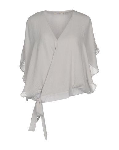 Фото - Женскую блузку DARLING London светло-серого цвета