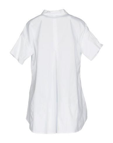 Фото 2 - Женскую блузку ALPHA STUDIO белого цвета