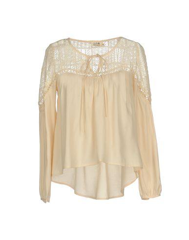 Купить Женскую блузку MOLLY BRACKEN цвет абрикосовый