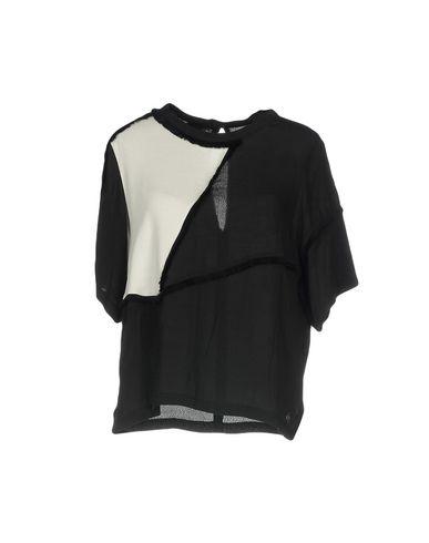 Фото - Женскую блузку GARCIA JEANS черного цвета