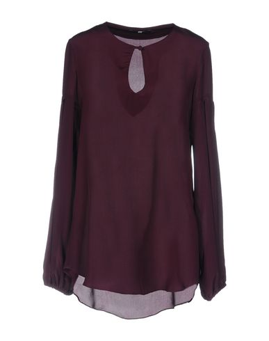 Блузка от F.IT