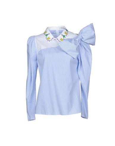 Фото - Женскую блузку  небесно-голубого цвета