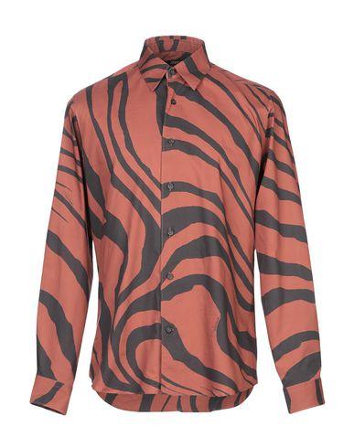 Фото - Pубашка ржаво-коричневого цвета