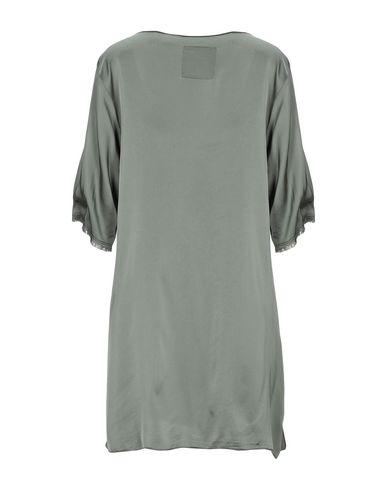 Фото 2 - Женскую блузку PINK MEMORIES цвет зеленый-милитари
