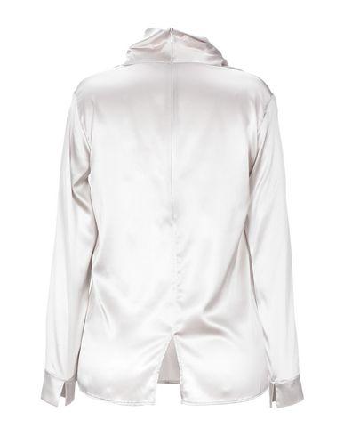 Фото 2 - Женскую блузку GENTRYPORTOFINO светло-серого цвета